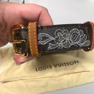 Authentic Louis Vuitton Monogram Dentelle Belt